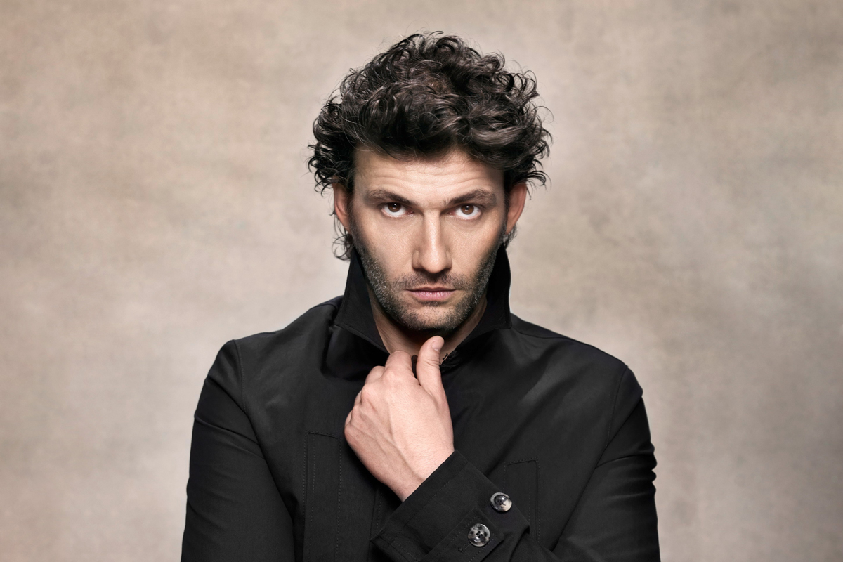 %e2%91%a7%e3%83%95%e3%82%a3%e3%83%86%e3%82%99%e3%83%aa%e3%82%aa_jonas-kaufmann-who-will-perform-in-fidelio-photograph-by-gregor-hohenberg